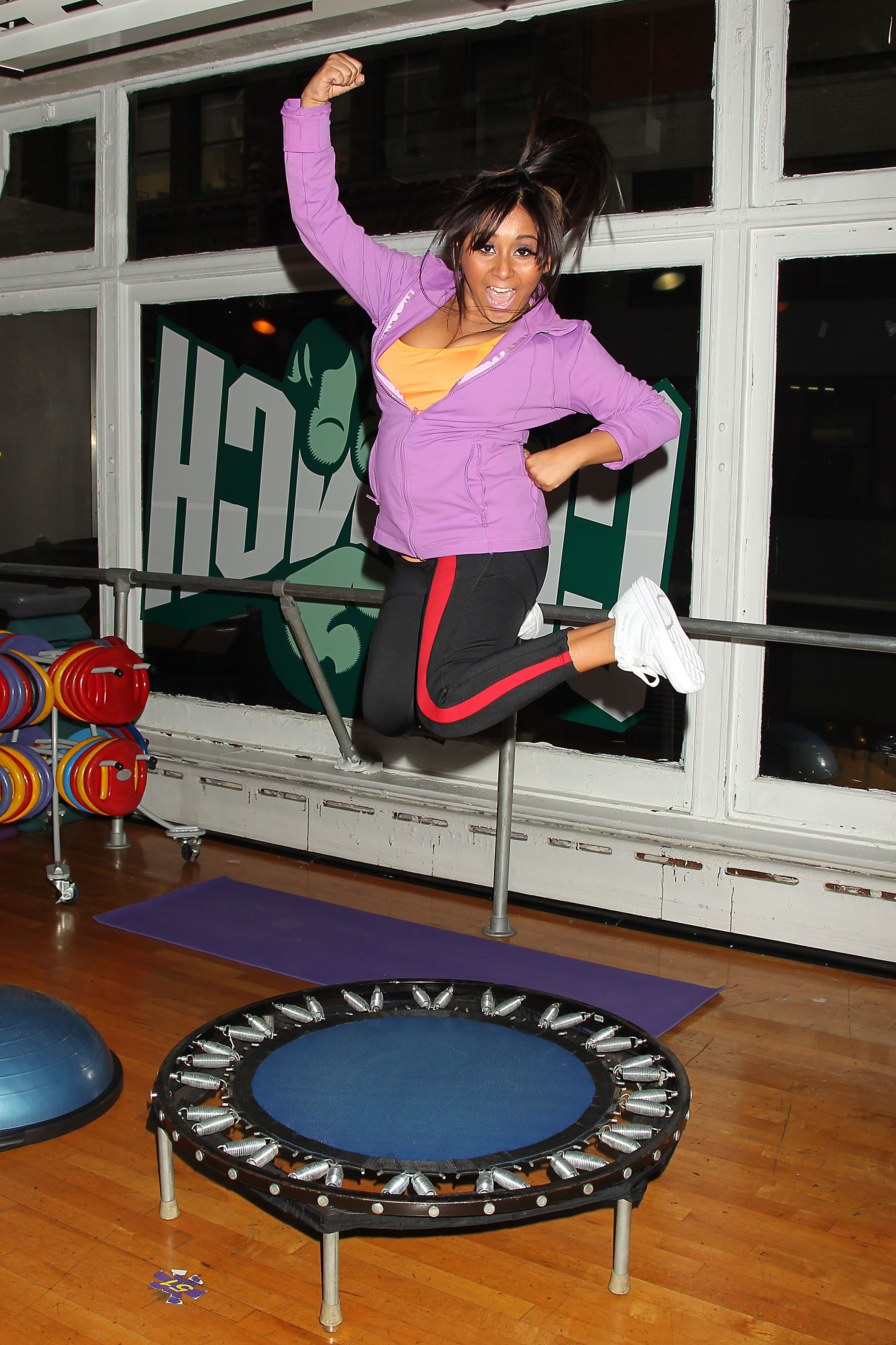 Snooki At the Gym (Tanned; Likely Not Laundered)