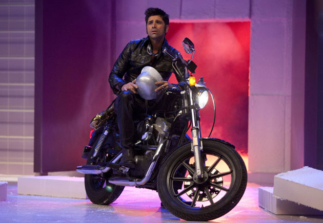 Poll: What Did You Think of Uncle Jesse's Performance on Glee?