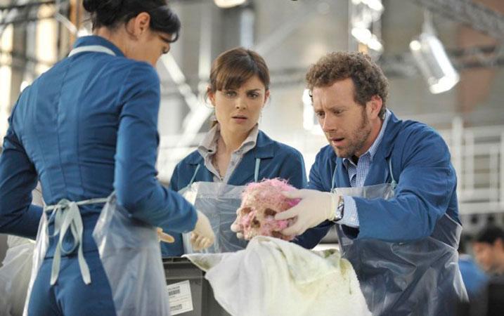 Top 5 Ickiest Moments of Bones Season 6 (So Far)