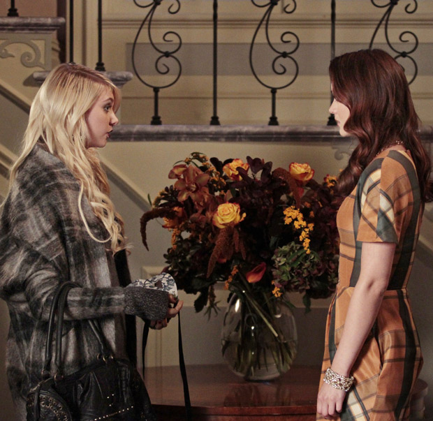 "Top 5 OMG Moments from Gossip Girl, Season 4, Episode 10: ""Gaslit"""