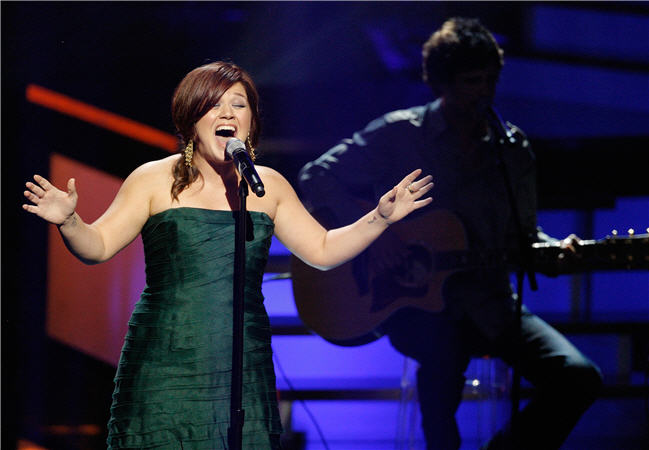Back to Their Roots: American Idol Winners Welcome Us Home