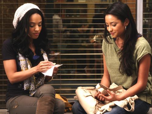 "Relationship Recap: Episode 1.8, ""Please, Do Talk About Me When I'm Gone"""