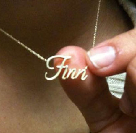 Glee Cast Tweet Treats: Amber and Lea Show Off Their Bling
