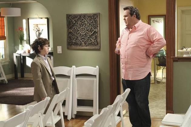 Cameron Tucker's Top 10 Quotes From Modern Family Season 2