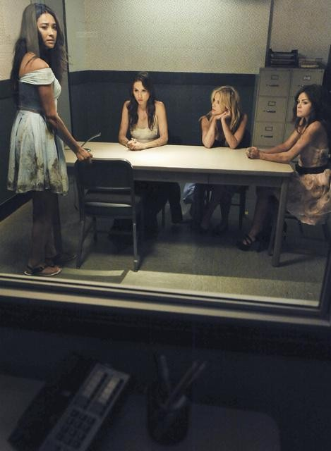 Pretty Little Liars Season 2, Episode 14: 17 Burning Questions We Want Answered in the Winter Premiere
