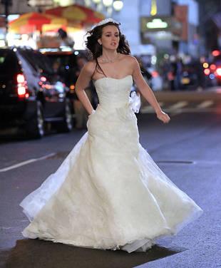 Shocking New Gossip Girl Season 5 Wedding Photos: Is Blair Waldorf a Runaway Bride?