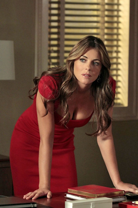 What's Sexy Cougar Diana Payne's Deal on Gossip Girl Season 5?