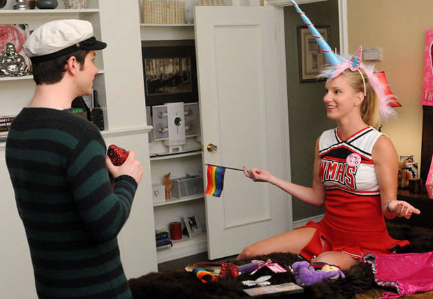 """Glee Season 3 Spoilers: Who Wins Class President? And More From Episode 7, """"I Kissed a Girl"""""""