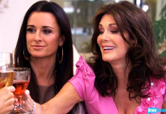 """Power Rankings for The Real Housewives of Beverly Hills Season 2, Episode 11: """"Tempest in a Tea Party"""""""