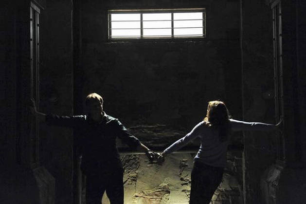 "Did Castle and Beckett Get Closer in Season 4, Episode 10: ""Cuffed""? You Tell Us!"