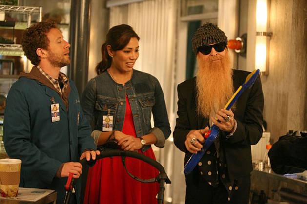 "Spoiler and Sneak Peek Roundup! What Happens on Bones Season 7, Episode 5: ""The Twist in the Twister""?"