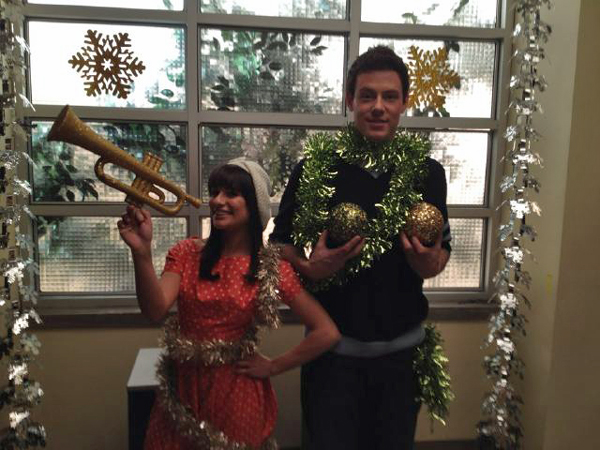 Glee Season 3 Christmas Episode: Lea Michele and Cory Monteith Share a Behind-the-Scenes Pic!