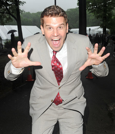 David Boreanaz Shows Off His Silly Socks on the Set of Bones — Pic of the Day!