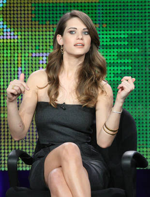 Nikita's Lyndsy Fonseca Takes a Swing at Co-Star Tiffany Hines