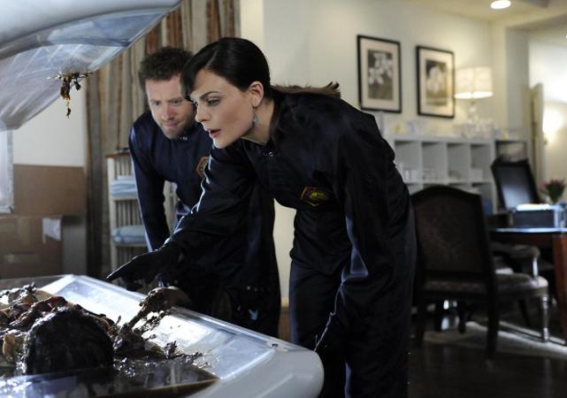 "Recap of Bones Season 6, Episode 14, ""The Bikini in the Soup"": When Wedding Planning Goes Awry"