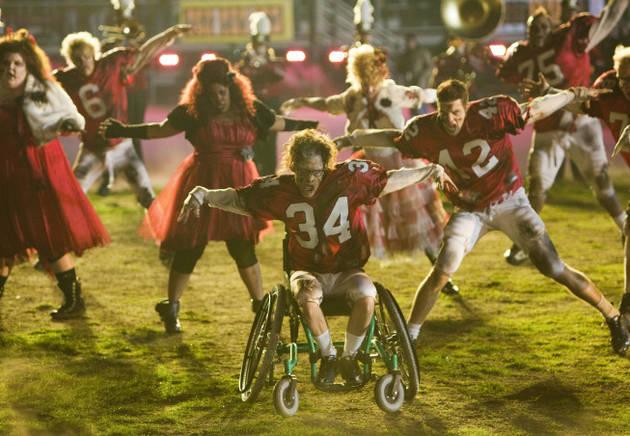 Watch Glee's Super Bowl Episode Online