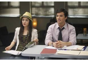 Spoiler: Will Aria and Ezra Be in a Love Triangle in PLL Season 2?