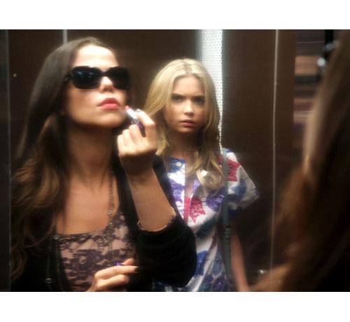 OMG! Hanna Will Smack Jenna Next Week on Pretty Little Liars