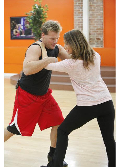 """Exclusive! Cheryl Burke Says Chris Jericho Needs to Work on His """"Hip Action"""""""