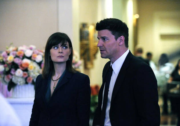 """Bones Moment of the Day: Booth, Brennan, and """"The Man"""""""