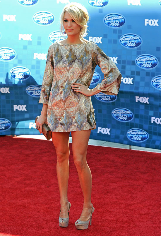 Anatomy of an Outfit: Carrie Underwood's Sweet Shift