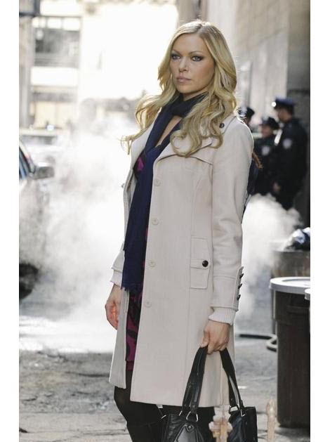Castle Spoiler: Natalie Rhodes (aka Nikki Heat) May Return in Season 4
