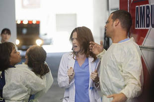 """Recap of Grey's Anatomy Season 8, Episodes 1 & 2: """"Free Falling"""" & """"She's Not There"""""""