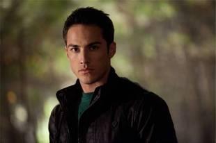 "The Vampire Diaries Season 3, Episode 2, ""The Hybrid"" Recap: Those Bloody Wolves!"