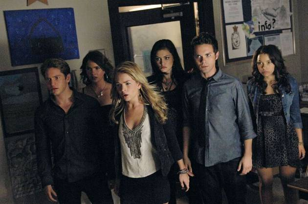 """Top 10 Quotes From The Secret Circle Season 1, Episode 3: """"He's Double Damaged"""""""
