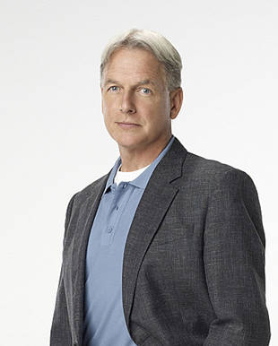 "NCIS Season 9 Spoilers: Gibbs Faces a ""Pivotal Moment"" in Episode 200, ""Life Before His Eyes"""