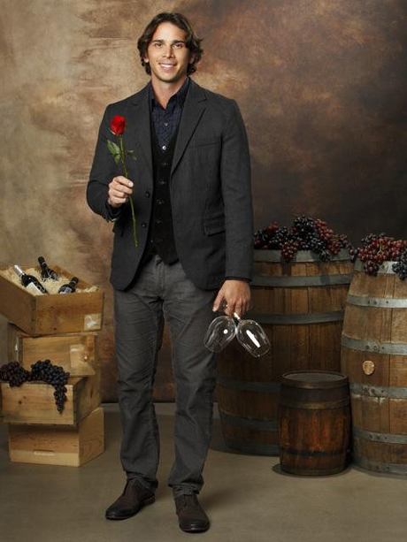 Reality Steve's Bachelor 16 Spoilers: One of Ben Flajnik's Bachelorettes Has the Hots for a Producer, Leaves in Episode 4?
