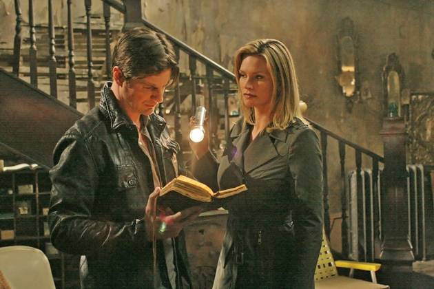 Dawn and Charles' Kiss on The Secret Circle: Ew or Aw?