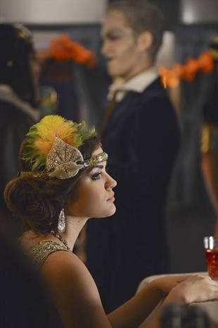 Spoilers, Halloween Death Clues, and a New Villain: Pretty Little Liars Week in Review 10/19