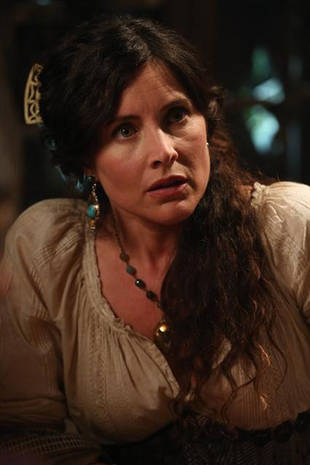 Once Upon a Time Season 2, Episode 4 Spoilers: 6 Clues From the Sneak Peeks