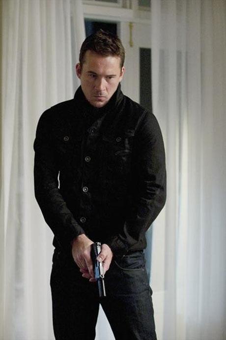 Who Is Aiden Mathis From Revenge Season 2?