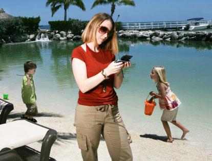 Texting While Parenting: A Dangerous Idea?