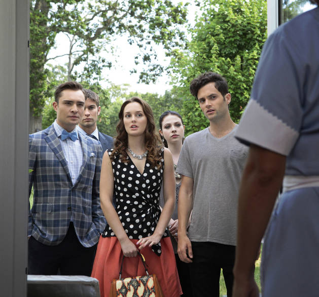 "Gossip Girl Season 6 Premiere Recap ""Gone Maybe Gone"" — Chair Sex, B*tch Slaps, and One Big Wedding Fakeout"