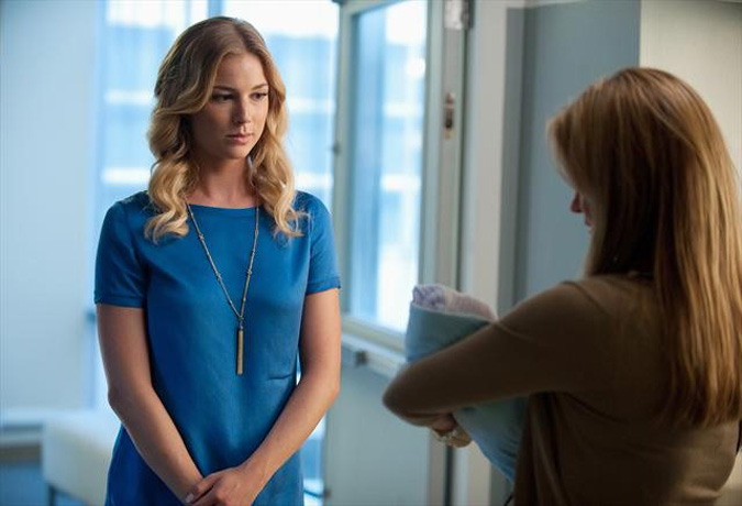 """Revenge Season 2, Episode 5, """"Forgiveness"""" Spoiler Clip: Emily Speaks to Her Mother Face-to-Face for the First Time — But Mason Treadwell Interrupts! (VIDEO)"""