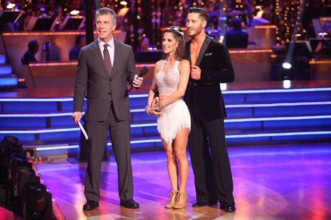 "Dancing With the Stars All-Stars Semifinals Recap: Kelly and Val Kiss, Judges Make ""Bad"" Calls"