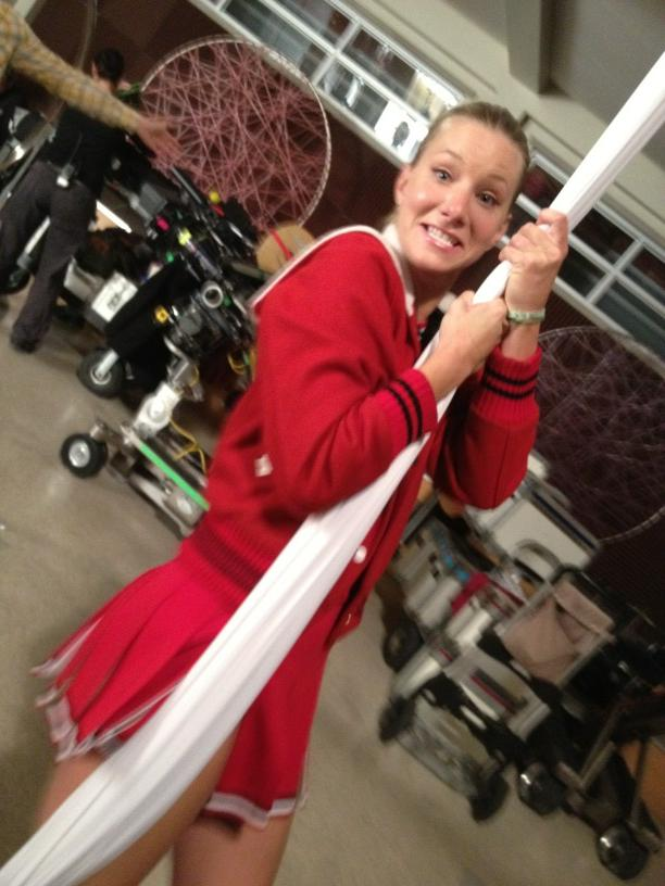 Glee Season 4 Christmas Spoiler: What Are Brittany and the Cheerios Up To? (PHOTOS)