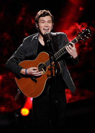 "Phillip Phillips Debuts New Song Called ""Man On the Moon"" (VIDEO)"