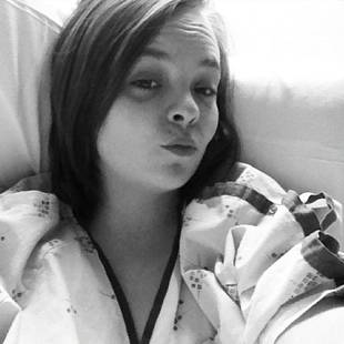 Catelynn Lowell Spends Thanksgiving Day in the Hospital — Is She Okay?