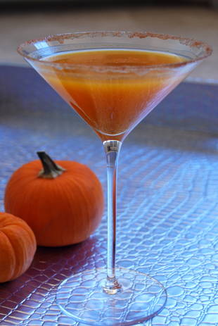 Lisa Vanderpump's Pumpkin Spiced Martini: Here's How You Can Make It! — Exclusive
