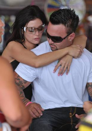 5 Things to Know About JWOWW's Fiance, Roger Mathews