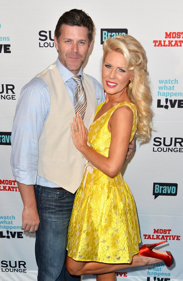 Real Housewives' Gretchen Rossi Spotted Wearing Huge Ring, Is She Engaged?