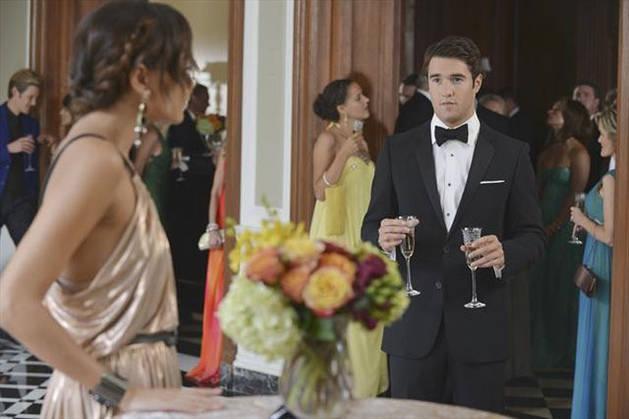 "6 Biggest WTF Moments From Revenge Season 2, Episode 6: ""Illusion"""