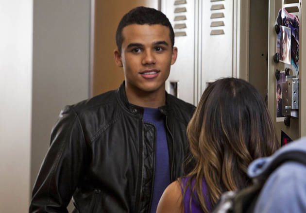 How Old Is the Guy Who Plays Jake Puckerman on Glee?