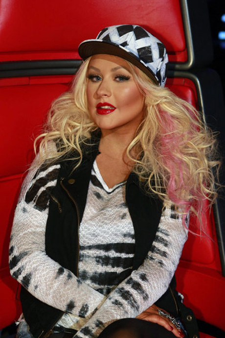 "Christina Aguilera Dismisses Former Voice Winners: ""It's All About Chris Mann!"""