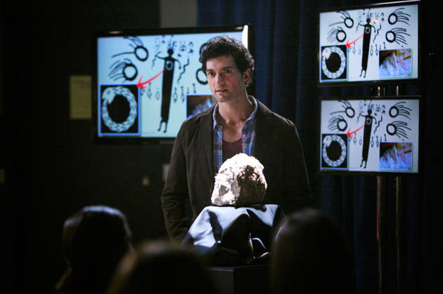 Vampire Diaries Season 4 Spoilers: What Are Professor Shane's Motives?