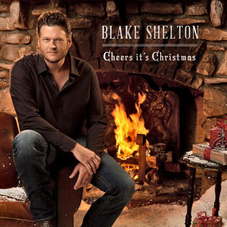 """Blake Shelton Talks Not-So-Family Christmas TV Special, Teases Skits and """"Making an Idiot of Myself"""" (VIDEO)"""